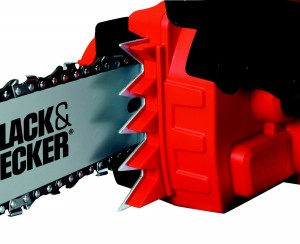 1935t3-300x244 Avis tronçonneuse Black&Decker test comparatif