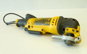 DWE315KT-2-300x188 DWE315KT 1dewalt avis multifonction meilleur outil pas cher puissant 2