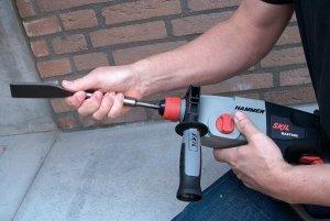 SKIL-HAMMER-PERFORATEUR-4-300x201 Avis perforateur Skil 1765 MA 950 W test comparatif
