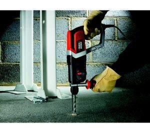 black-decker-perforateur-pneumatique-kd990ka-6-300x266 Avis Perforateur Black&Decker KD990KA